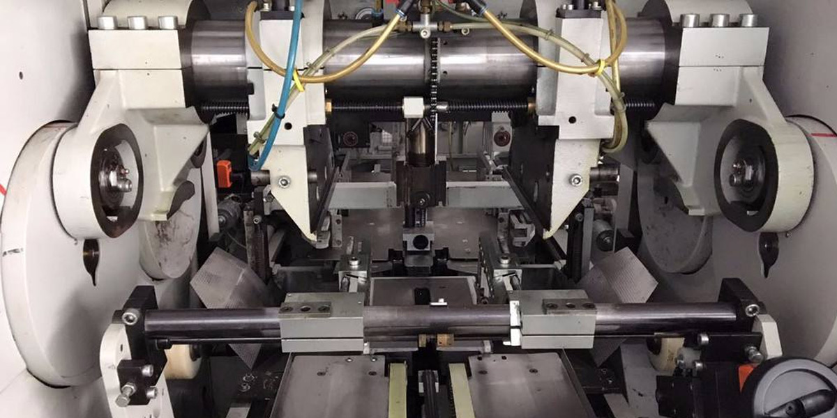 惠力生为台燿科技定期生产定制机械刀具